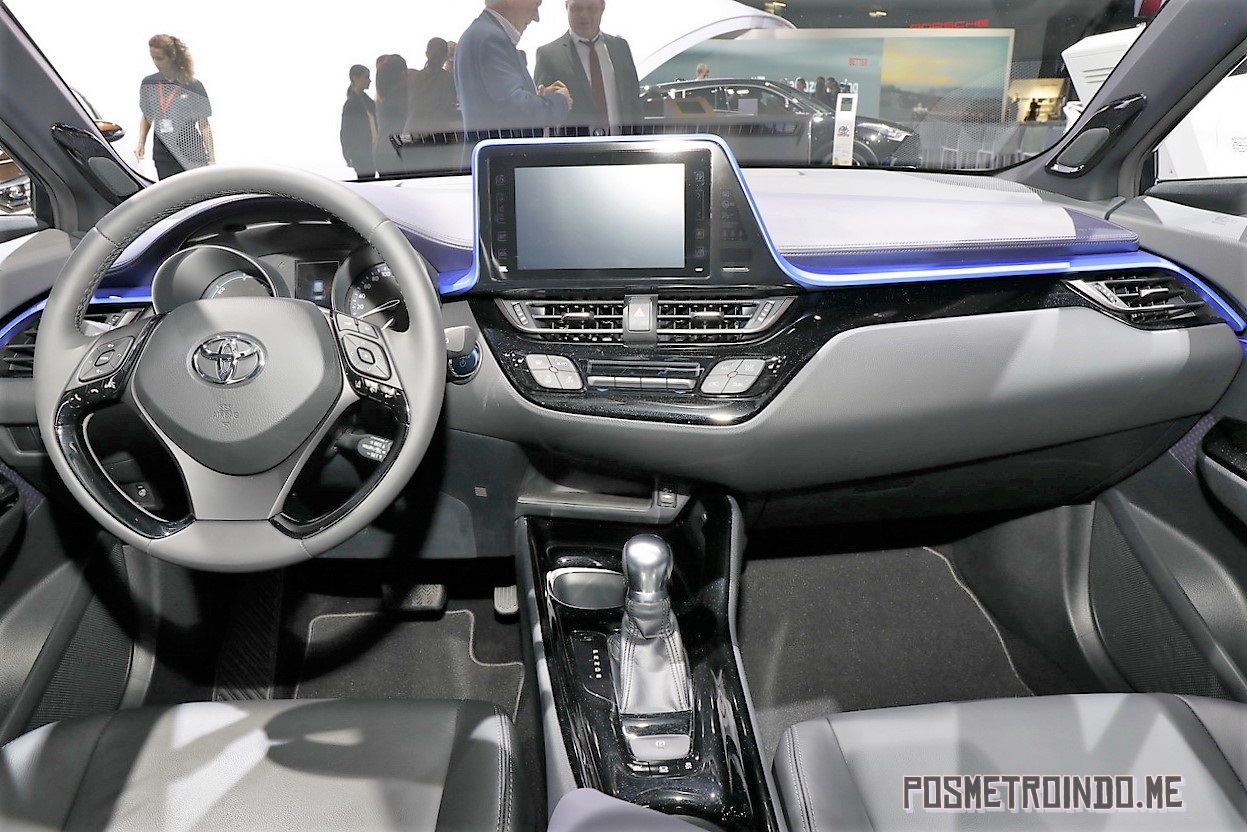 dashboard Toyota C-HR